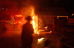 barn_fire051007.jpg