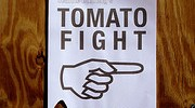 7536_10.12_tomato_fight