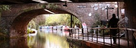 Regents Canal by Simon Crubellier