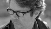Jonathan Franzen, wearing his glasses / image © Greg Martin