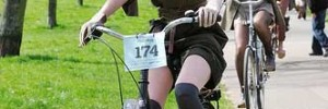 The Tweed Run is this Saturday. Image of 2010 Run by niknkimnollie via the Londonist Flickrpool