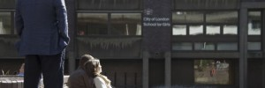 barbican-couple-onlooker